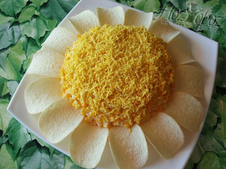 Салат подсолнух с чипсами рецепт 7 фотография