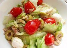 Как приготовить салат с тунцом и моцареллой