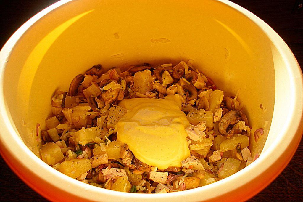 Заправьте салат домашним майонезом
