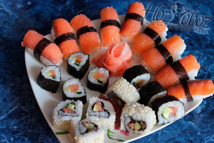 Красиво выкладываем суши и роллы на блюдо