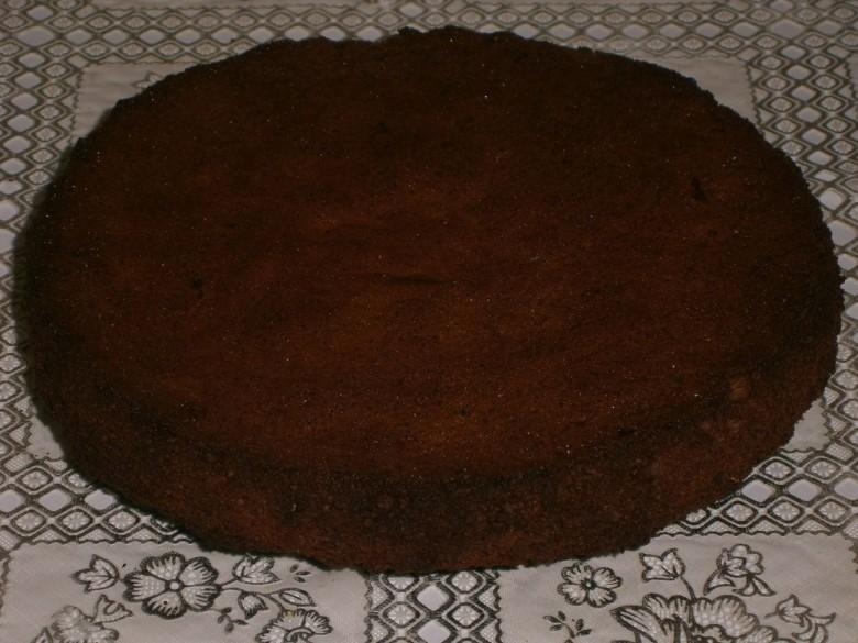 Ставьте выпекаться бисквит