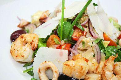 """Салат с морепродуктами """"Морские сокровища"""""""
