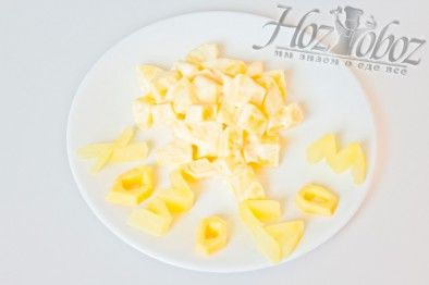 Салат с ананасами