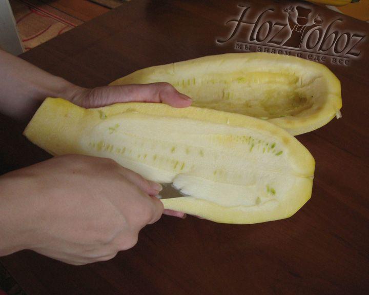 Очищаем сердцевину от семечек