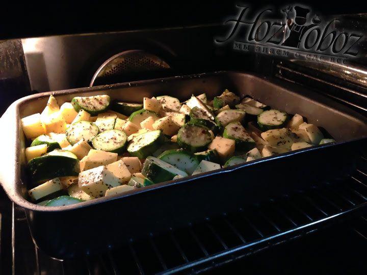 Тушить овощи следует при температуре 200 градусов 30-40 минут