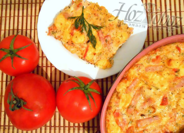 Вкуснейшая сырная запеканка с помидорами от Хозобоза готова :)
