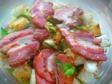 Рецепт салата с помидорами и сыром