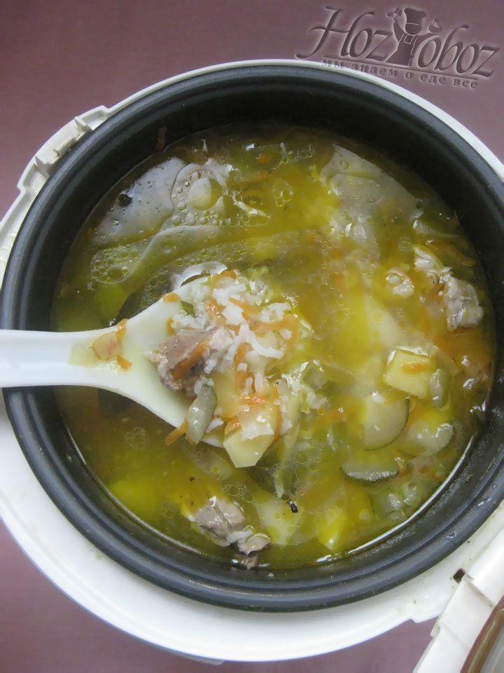 За 10 минут до готовности блюда следует добавить рассол и ву-а-ля - рассольник готов