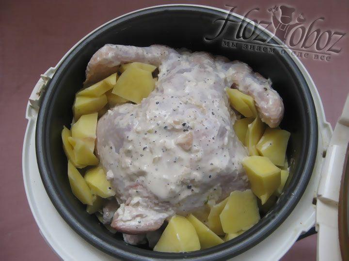 Не забывайте о гарнире, приготовьте картофель так, как описано выше