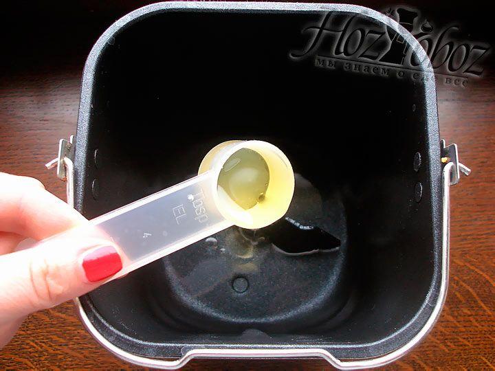 Следующим ингредиентом будет растительное масло по возможности оливковое