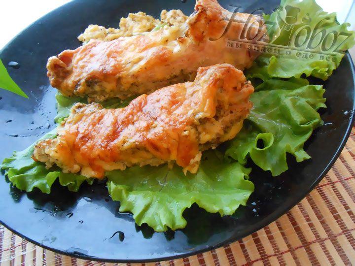 Подавайте готовую рыбку на листике салата, так весьма аппетитнее :-)