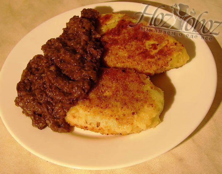 Грибное пюре можно будет соединить с картофельным фаршем, использовать в качестве начинки или подавать как приятное дополение к блюду