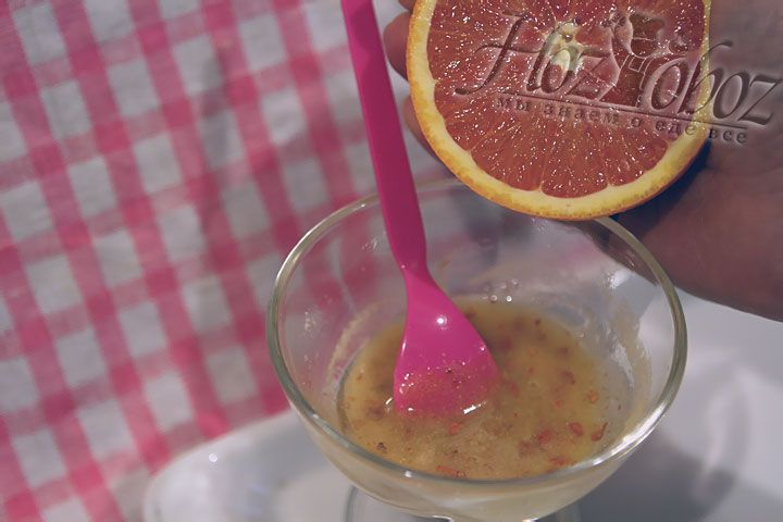 Теперь добавляем в соус сок апельсина