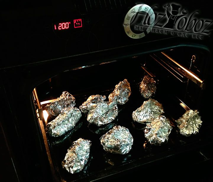 Now preheat the oven to 180 degrees and put the fish to the oven-tray, so that each piece of fish lying separately