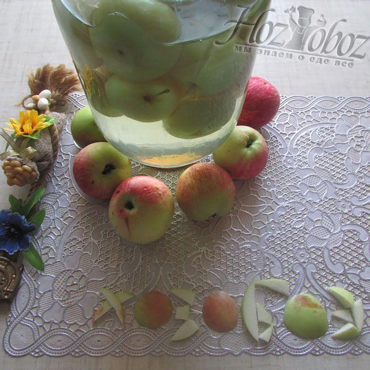 Вот и все, наши аппетитные сладкие яблочки готовы к зимним вечерним трапезам!