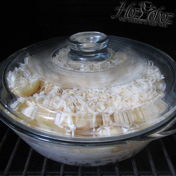 Запекать блюдо следует в духовке разогретой до 180 градусов примерно 30 минут