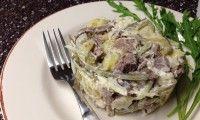 Вкусный мясной салат, праздничный рецепт