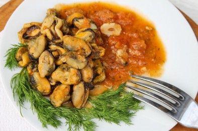 Мидии в томатном соусе
