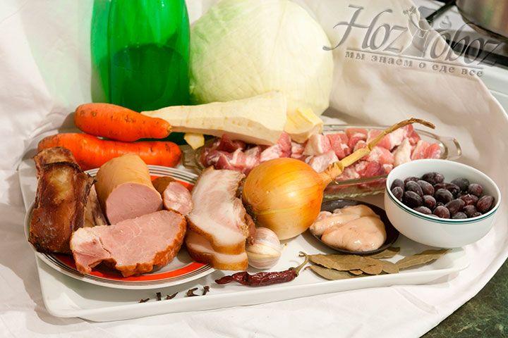 Подготовим все необходимые продукты, в том числе специи и приправы