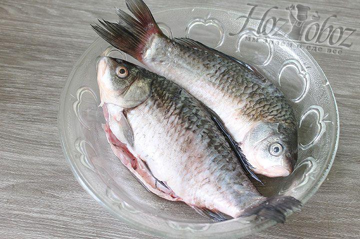 Чтобы рыба впитала соль дадим ей настояться около 7 минут