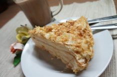Домашний торт из слоеного теста с заварным кремом Сабайон