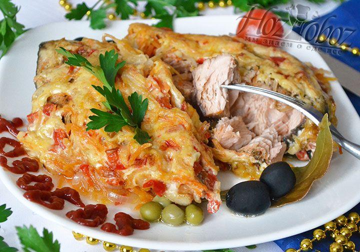 Подайте это великолепное рыбное блюдо на новогодние праздники. Гости оценят горбушу в духовке на все сто. ХозОбоз гарантирует!
