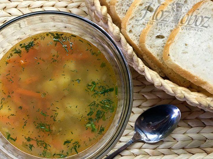 Ну вот и все - суп готов и его можно незамедлительно подавать к столу. Приятного всем аппетита!