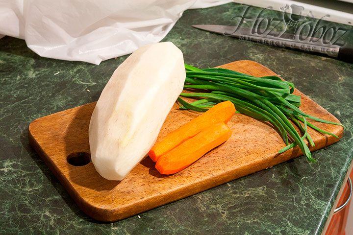 Почистим все оставшиеся овощи