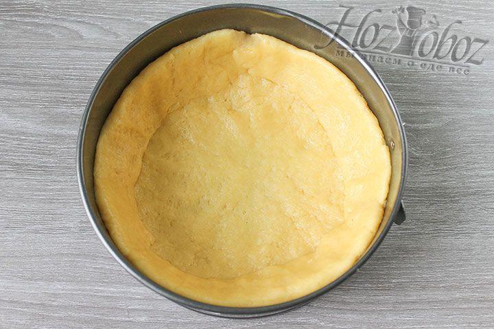 Чем меньше в диаметре будет ваша форма, тем выше у вас получится открытый яблочный пирог