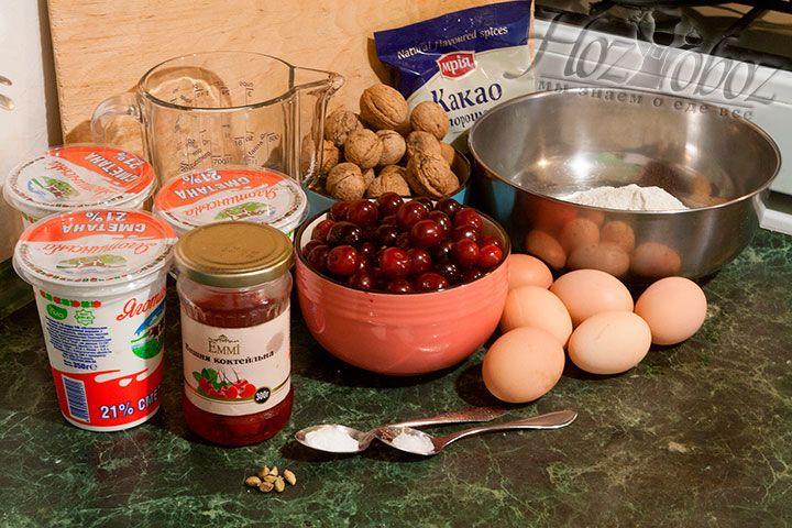 Для выпекания торта Санчо Панчо нам понадобятся простые продукты с обеспеченными фермерами качественными характеристиками
