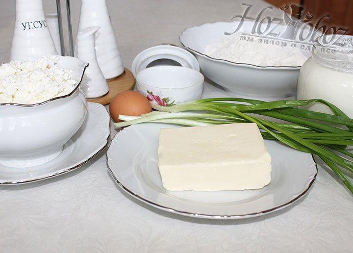 Для начала заготовим необходимые для лепешек ингредиенты