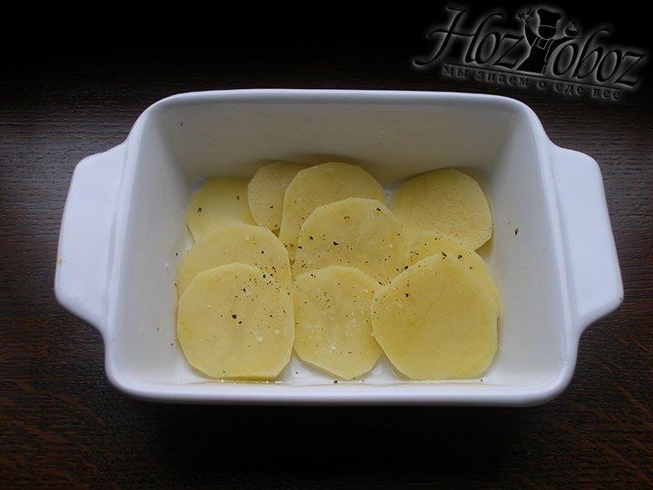 Солим и перчим картофель