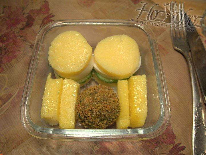 Поленту можно запекать в духовке с тертым сыром, также вкусна сладкая полента