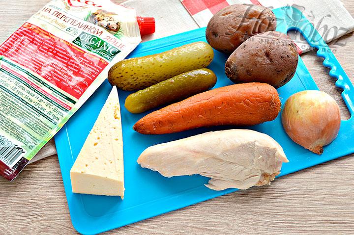 Подготавливаем для салата ингредиенты