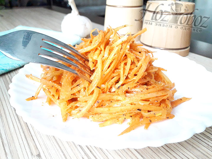 Хорошо настоявшийся салат из моркови будет ароматным и насыщенным