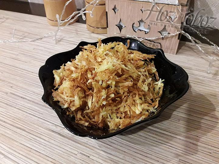 Вынимаем картофель из масла