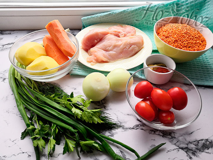 Подготовим необходимые для приготовления супа ингредиенты