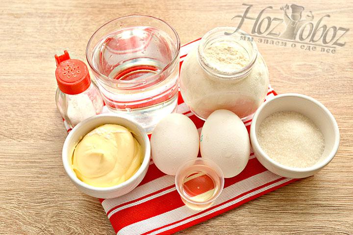 Подготавливаем ингредиенты и посуду
