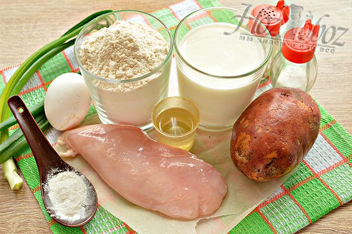 Подготавливаем ингредиенты для выпечки пирога