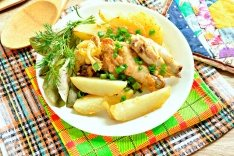 Куриные крылышки с картофелем