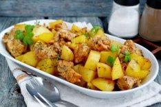 Запеченная индейка с картошкой